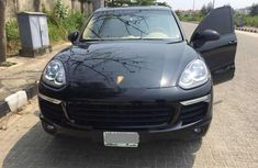 2017 Porsche Cayenne Automatic Petrol well maintained for sale