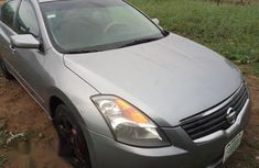 Clean Nissan Altima 2000 Gray for sale