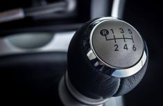 How to drive a manual car: 5 things to avoid