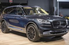 [Photos and Video] The Lincoln Aviator 2018: luxury car for luxurious families