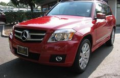 Mercedes Benz GLK350 4matic 2014 model red for sale