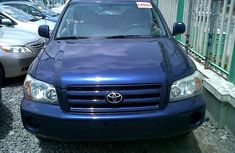 5 Units Of Clean Title 2004/05 Toyota Highlander Blue for sale