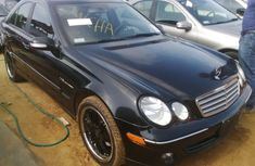 Clean Mercedes Benz C320 2005 black for sale