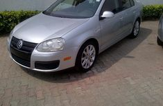 Super clean 2010 Volkswagen Jetta For sale