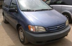 Toks Toyota Sienna  2000 for sale with the fullest options