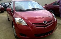 2010 Toyota Yaris red for sale