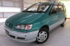 Toyota 1996 green for sale