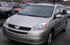 Toyota Sienna 2007 Grey for sale