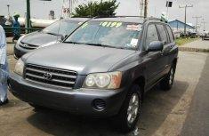 2004 Clean Toyota Highlander for sale