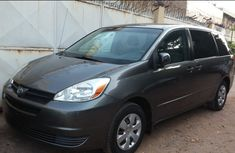 Toyota Sienna 2004 Ce for sale