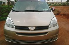 Direct USA Toyota Sienna 2004 for sale