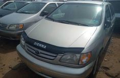 Sienna 2000 TOYOTA FOR SALE