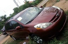 Toyota Sienna 2006 Petrol Automatic Red for sale