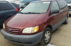 Toyota Sienna 2002 Automatic Petrol ₦1,800,000 for sale