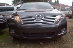 CLEAN TOYOTA  Venza 2008 Grey For SALE WITH FULL OPTION