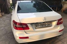 2005 White Mercedes Benz for sale