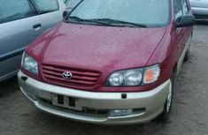 Toyota Picnic 2000 red for urgent sales