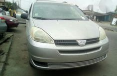 Tokunbo Toyota Sienna 2004 Silver for sale