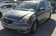 Clean Honda Odyssey  2005 Model  FOR SALE