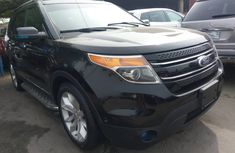 2012 Clean Ford Explorer 4wd for sale.