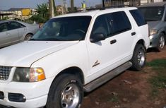 Neat Ford Explorer 2003 White for sale