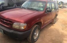 Ford Explorer 2000 Red for sale