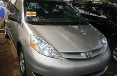 Toks Toyota Sienna  2009 for sale with the fullest options