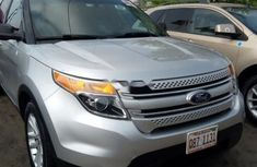 CLEAN 2010 FORD EXPLORER SILVER FOR SALE