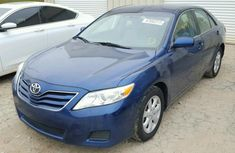 CLEAN 2010 TOYOTA CAMRY BLUE FOR SALE