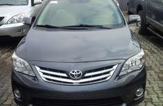 Neat tokunbo Toyota Corolla 2012 black for sale