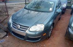2006 Volkswagen Passat Automatic Petrol well maintained for sale