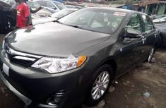 Direct tokunbo Toyota Camry 2013 model Grey for sale