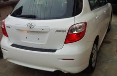 A very neat direct clean Toyota Matrix 2010 white for sell