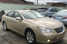 Very clean neat Lexus ES 330 2009 Gold for sale