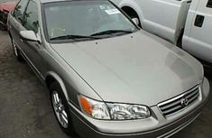 Clean Toyota Camry 2000 Grey for sale