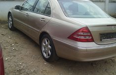 Mercedes Benz 2003 Gold for sale