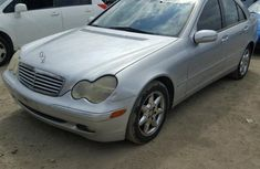 Sparkling clean Mercedes BENZ C240 2004 Silver for sale