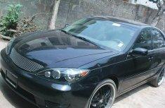 Tokunbo Toyota Camry 2005 Black for sale Full Option
