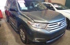 Toyota Highlander 2010 Gray for sale