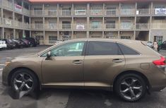 Toyota Venza XLE 2010 Gold for sale