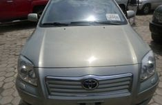 2005 Super clean Toyota Avensis Grey for sale