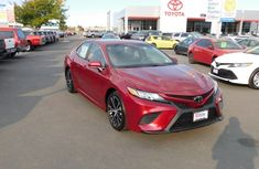 2018 Used Toyota Camry SE Red for sale