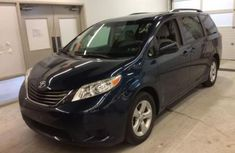 2014 Used Toyota Sienna Blue for sale