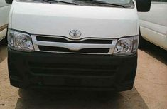 Toyota Haice bus 2018 white for sale