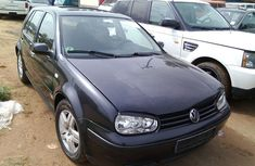 Very Clean Tokunbo Volkswagen Golf 4 2002 Blue for sale