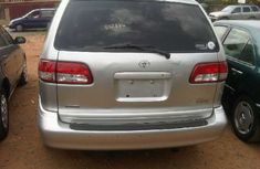 Foreign used Toyota Sienna 2003 silver for sale