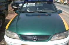 2000 Green Vectra for sale