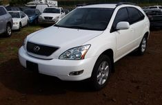 LEXUS RX330 IN GOOD CONDITIONS 2006 WHITE FOR SALE