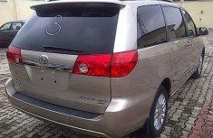 Toyota Seinna 2007 Grey for sale