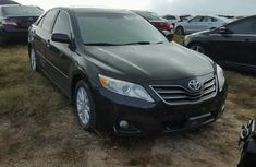 TOYOTA CAMRY IN GOOD CONDITION 2006 BLACK FOR SALE